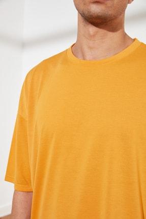 TRENDYOL MAN Turuncu Basic Erkek Oversize Bisiklet Yaka Kısa Kollu T-Shirt TMNSS21TS0811 3