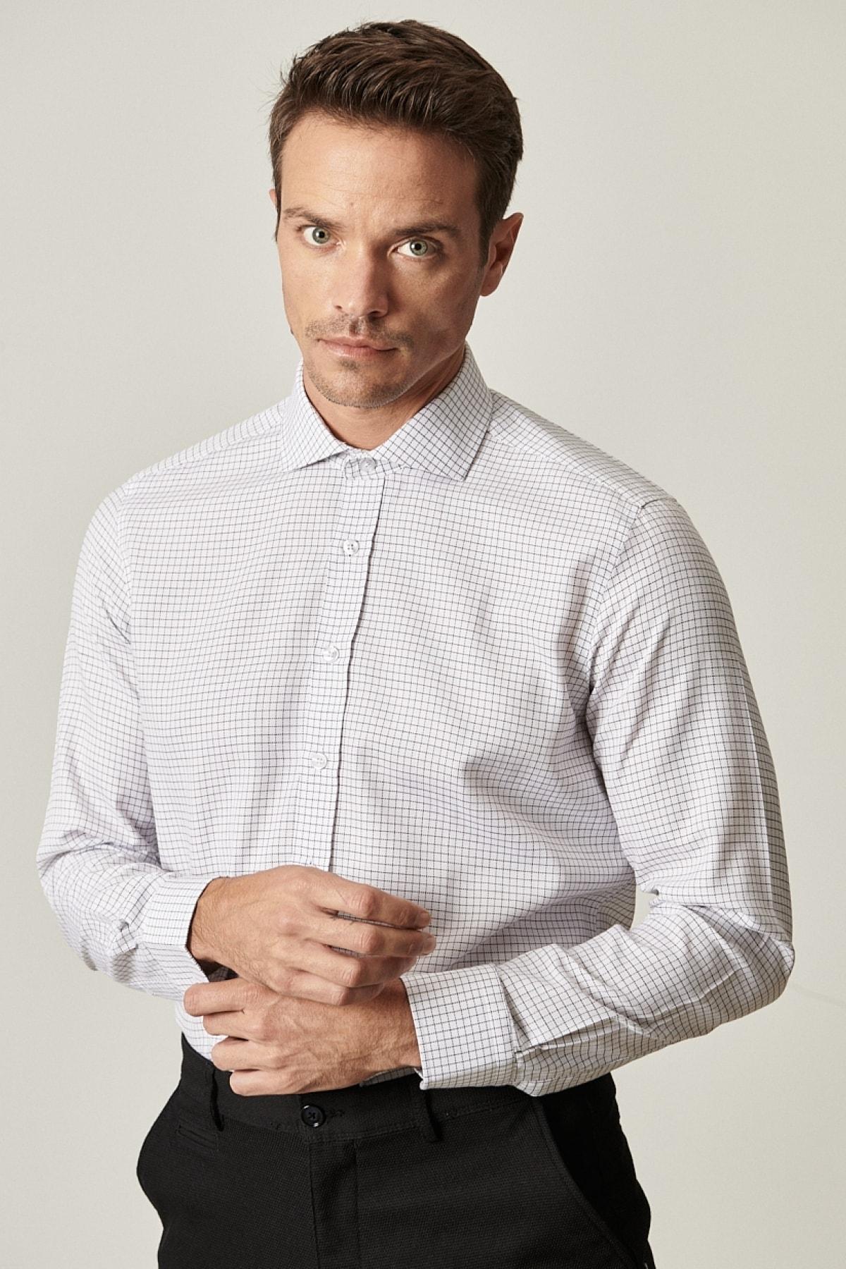 Erkek Beyaz-Siyah Tailored Slim Fit Dar Kesim İtalyan Yaka Kareli Gömlek