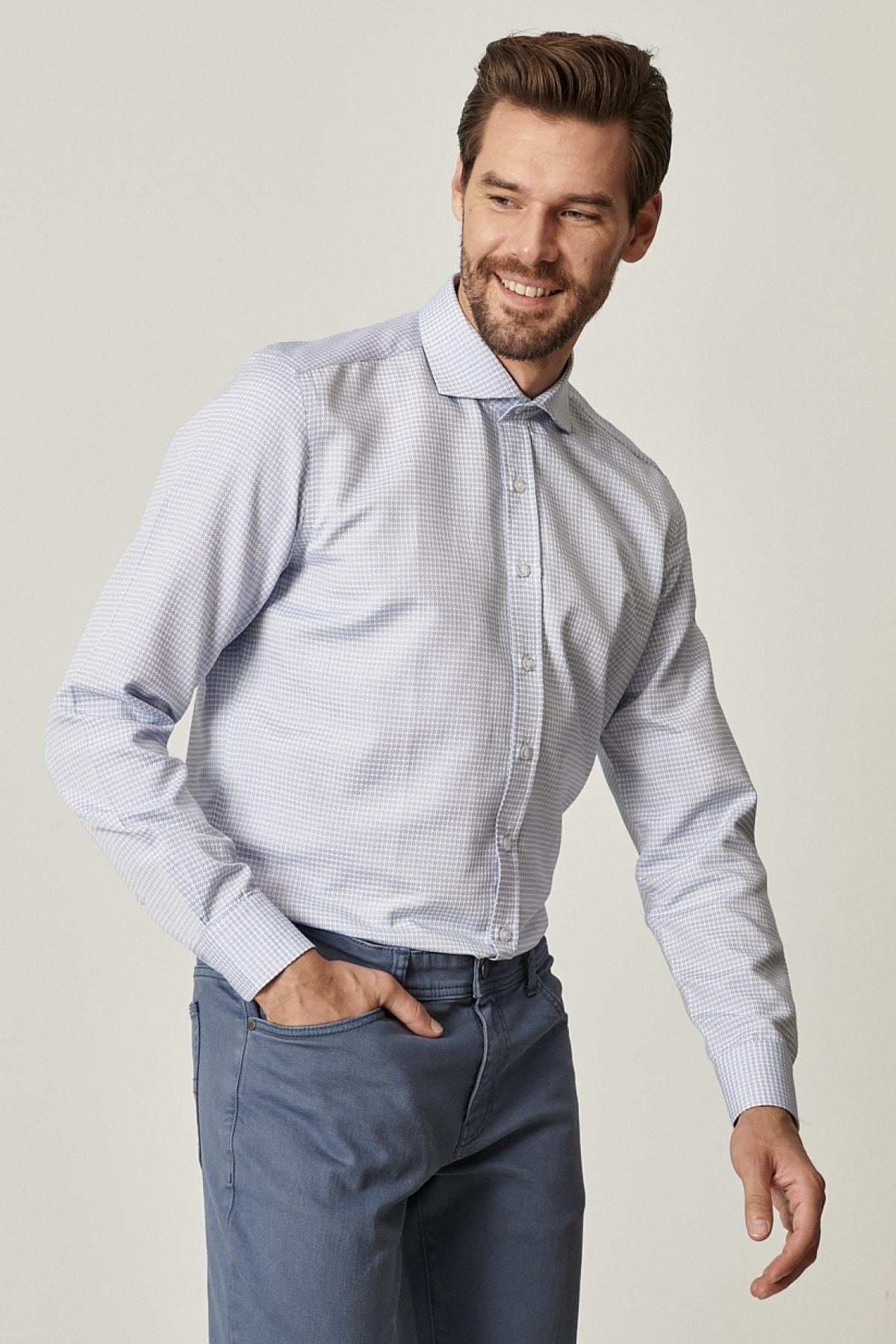 Erkek Beyaz-Mavi Tailored Slim Fit Dar Kesim İtalyan Yaka Jakarlı Gömlek