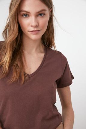 TRENDYOLMİLLA Kahverengi %100 Pamuk V Yaka Basic Örme T-Shirt TWOSS20TS0129 2