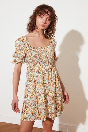TRENDYOLMİLLA Ekru Petite Çiçekli Elbise TWOSS21EL2923 0