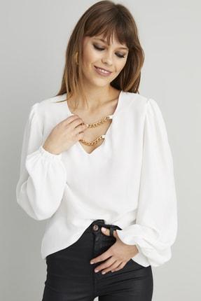 Cool & Sexy Kadın Beyaz Zincir Aksesuarlı Dokuma Bluz BK1069 2
