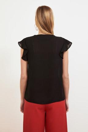 TRENDYOLMİLLA Siyah Düğme Detaylı Bluz TWOSS20BZ0894 4