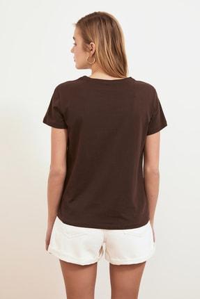 TRENDYOLMİLLA Kahverengi Baskılı Basic Örme T-shirt TWOSS19GH0013 4