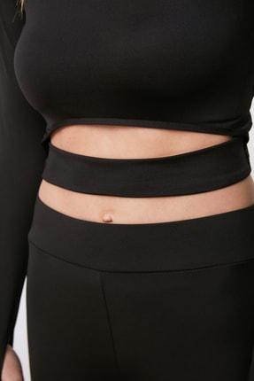 TRENDYOLMİLLA Siyah Bel Detaylı Crop Spor Bluz TWOAW21BZ0156 3