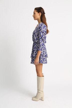 Esra İnceefe Kadın Lacivert V Yakalı Düğmeli Pileli Kol Belden Lastikli Valonlu Çiçekli Mini Elbise 2