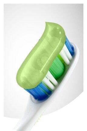 Colgate Natural Extracts Aloe Vera ve Yeşil Çay Özlü Diş Macunu 75 ml x 2 Adet + Fırça Kabı Hediye 2