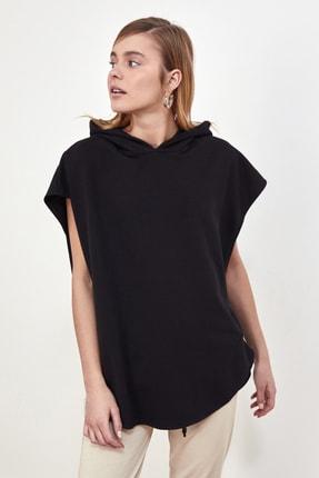 TRENDYOLMİLLA Siyah Kapüşonlu Örme Sweatshirt TWOSS21SW0203 3