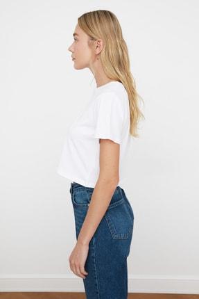 TRENDYOLMİLLA Beyaz %100 Pamuk Bisiklet Yaka Crop Örme T-Shirt TWOSS20TS0135 1
