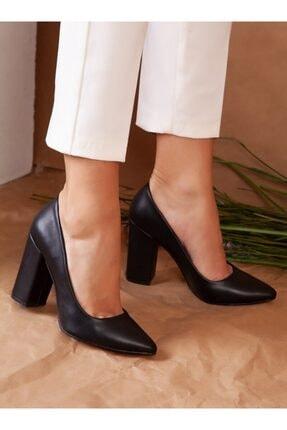 ayakkabıhavuzu Kadın Siyah Topuklu Ayakkabı 1