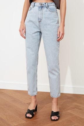 TRENDYOLMİLLA Buz Mavi Asit Yıkamalı Yüksek Bel Mom Jeans TWOSS20JE0164 3