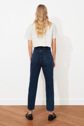 TRENDYOLMİLLA Gece Mavisi Yıkamalı Yüksek Bel Mom Jeans TWOSS20JE0099 4