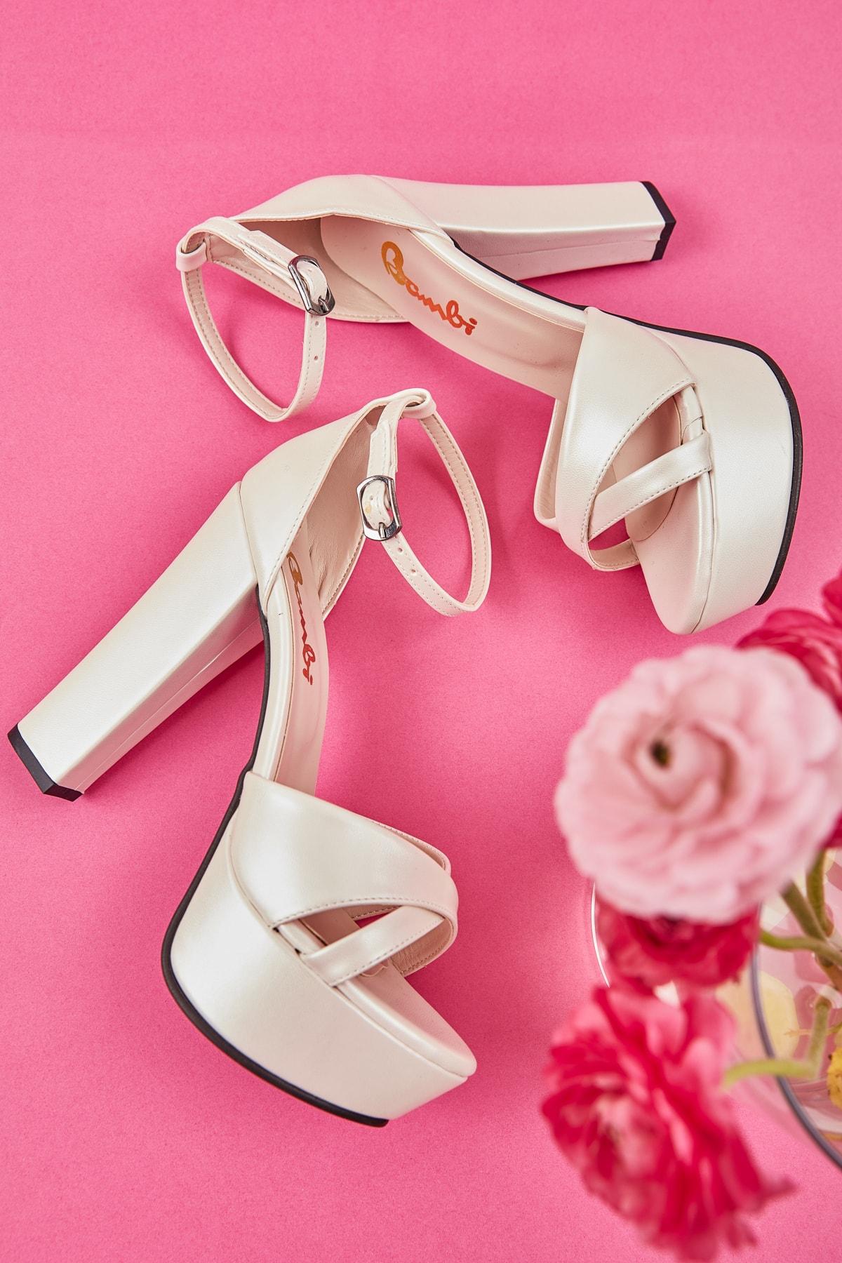 Bambi Beyaz Kadın Abiye Ayakkabı L0527111409