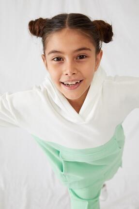 Defacto Kız Çocuk Kanguru Cepli Sweatshirt 1