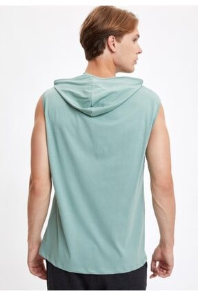 Defacto Kapüşonlu Slim Fit Kolsuz Pamuklu Tişört 3