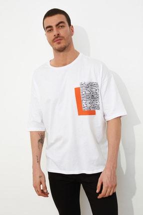 TRENDYOL MAN Beyaz Erkek Oversize Kısa Kollu Baskılı T-Shirt TMNSS21TS0149 0