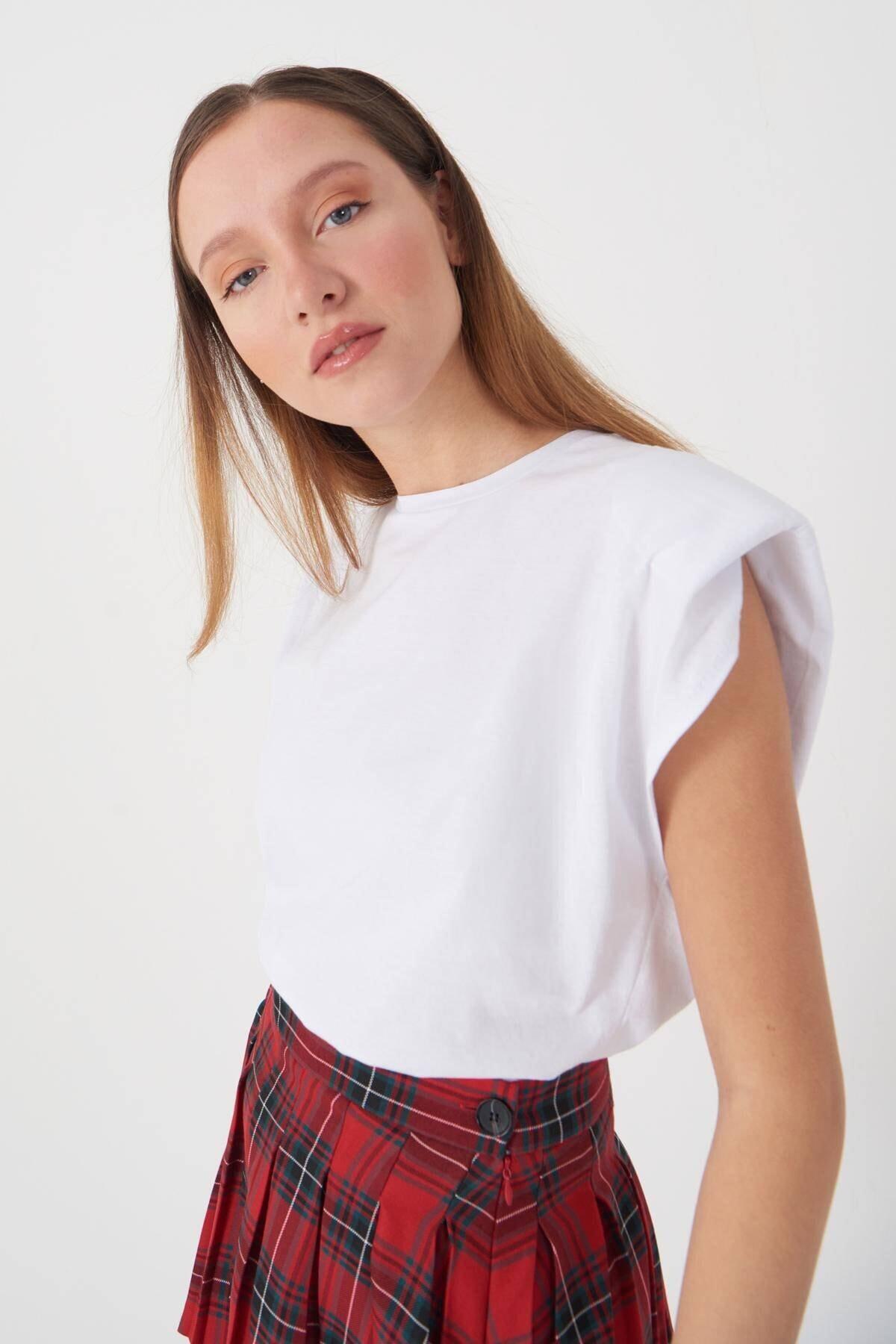 Addax Kadın Beyaz Vatkalı T-Shirt P18802 - F5 Adx-0000022431 0