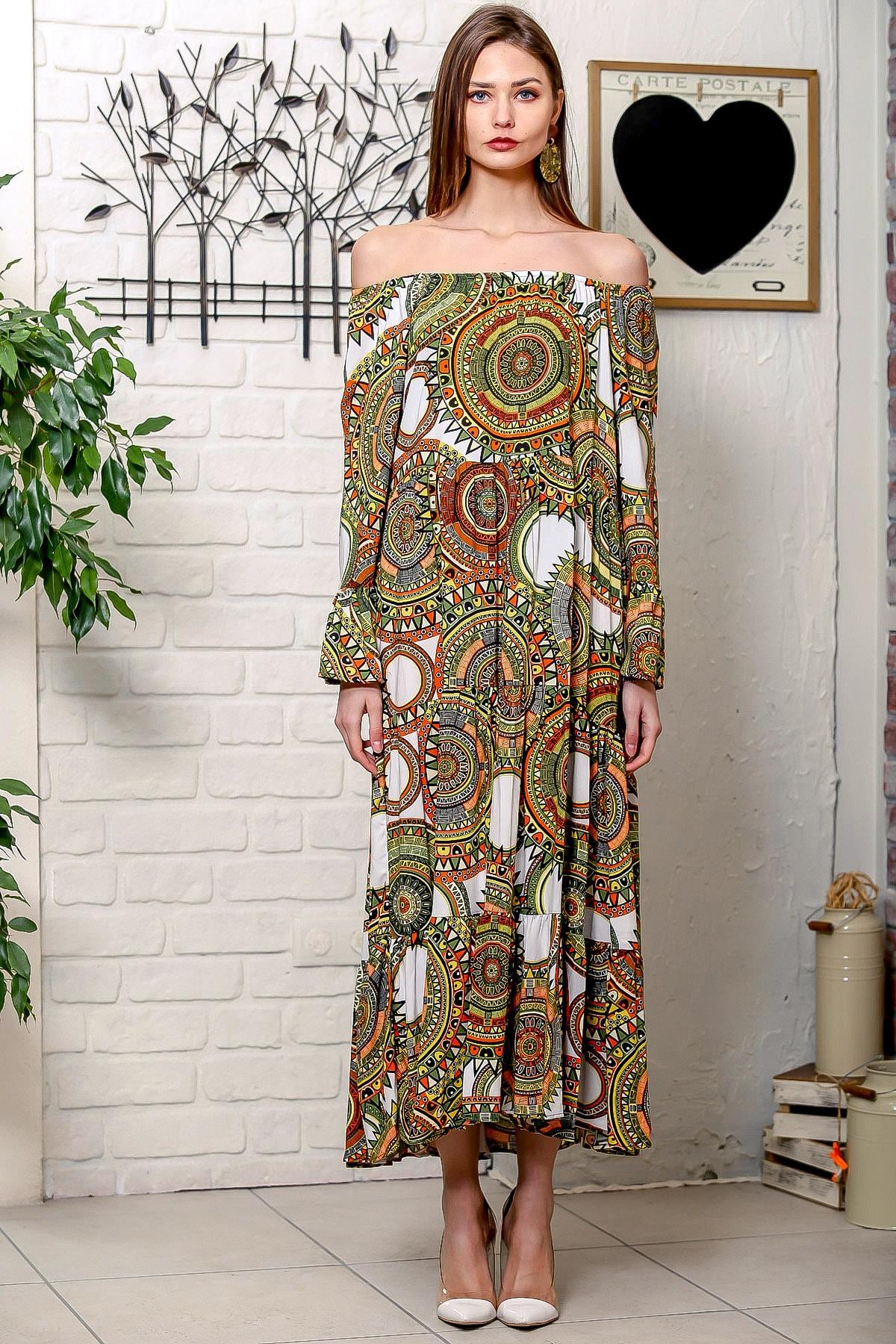 Chiccy Kadın Yeşil-Beyaz Carmen Yaka Geometrik Desenli Kol Ucu Volanlı Salaş Dokuma Elbise M10160000EL95906 3