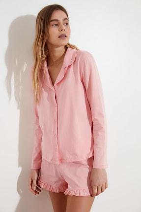 TRENDYOLMİLLA Pudra Fırfır Detaylı Örme Pijama Takımı THMAW21PT0138 1