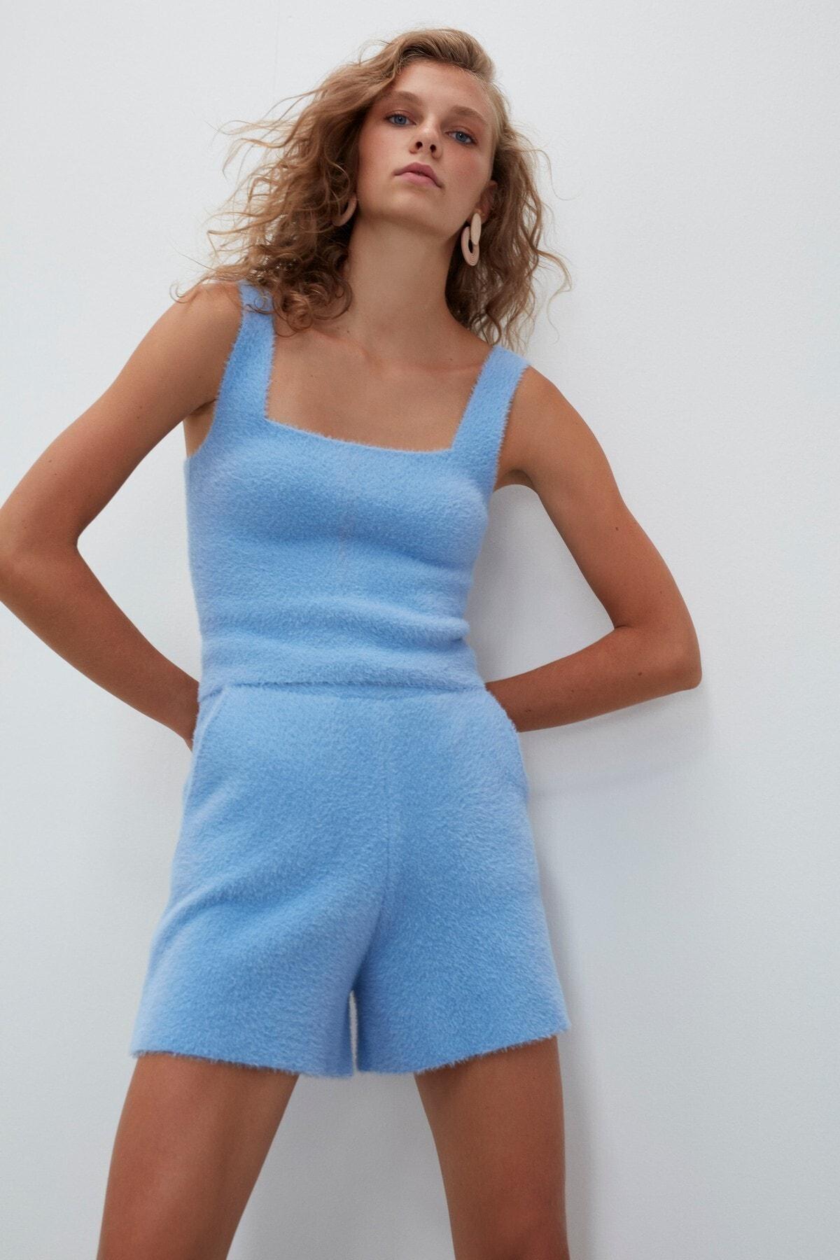 Kadın Mavi Yumuşak Dokulu Triko Bluz