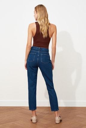 TRENDYOLMİLLA Indigo Yüksek Bel Mom Jeans TWOAW20JE0129 4