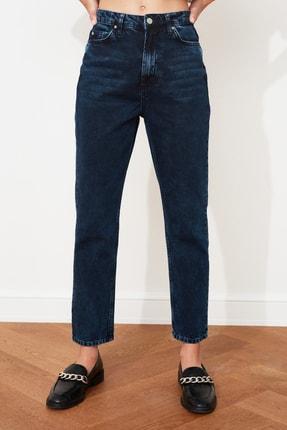 TRENDYOLMİLLA Gece Mavisi Yıkamalı Yüksek Bel Mom Jeans TWOSS20JE0099 3