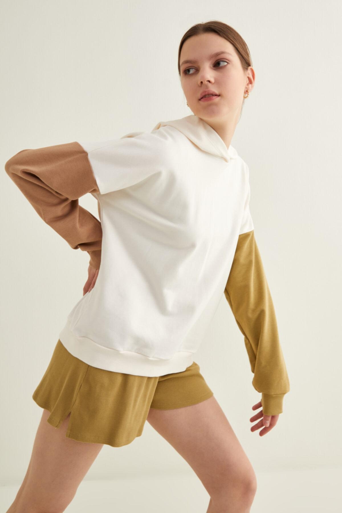 Kadın Kemik Kolları Kontrast Renkli Sweatshirt