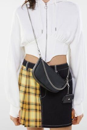 Bershka Kadın Siyah Kılıf Detaylı Zincirli Askılı Mini Çanta 2