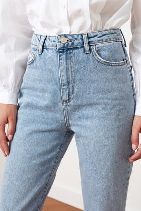 TRENDYOLMİLLA Açık Mavi Yüksek Bel Bootcut Jeans TWOSS21JE0035 4