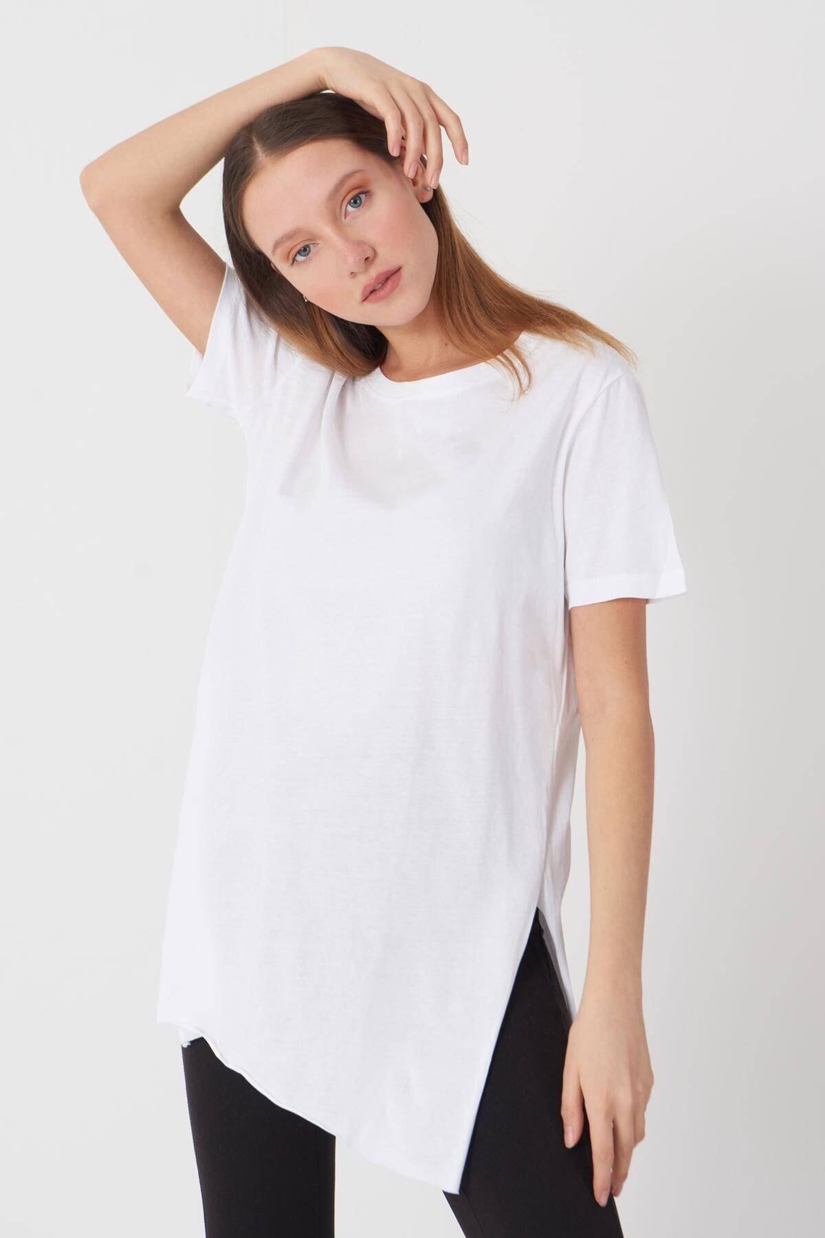 Addax Kadın Beyaz Bisiklet Yaka T-Shirt P0101 - U4 - Z1 Adx-00007204 0