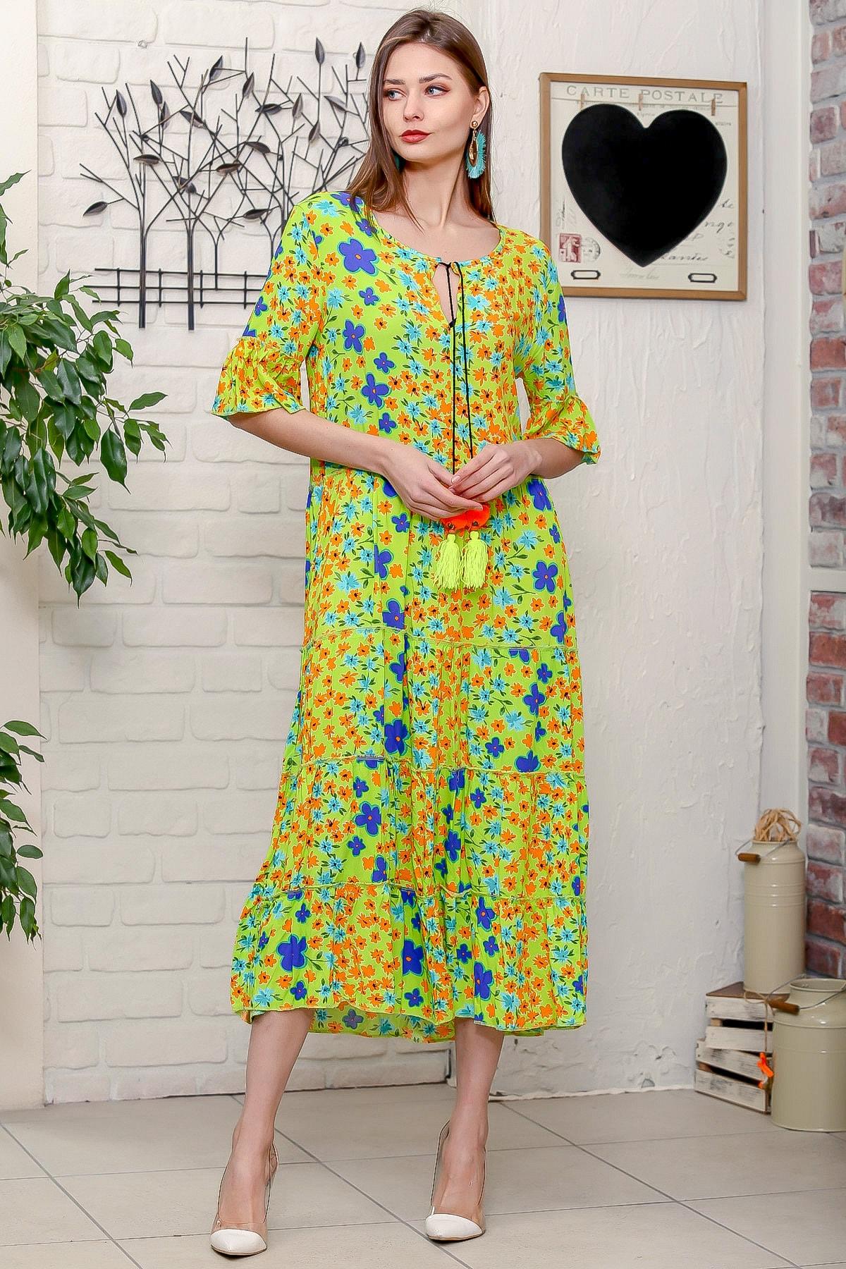 Chiccy Kadın Fıstık Yeşili Mor Menekşe Desenli Püskül Bağcıklı Kat Kat Salaş Uzun Elbise 0