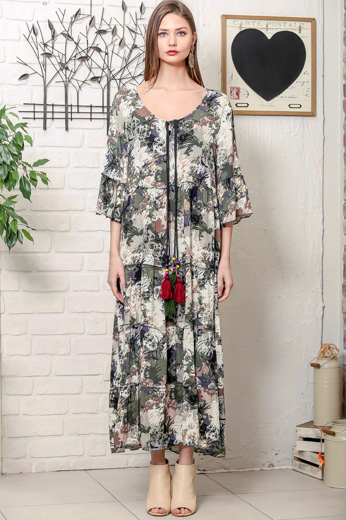 Chiccy Kadın Yeşil Romantik Çiçek Desenli Püskül Bağcıklı Kat Kat Salaş Uzun Elbise 3