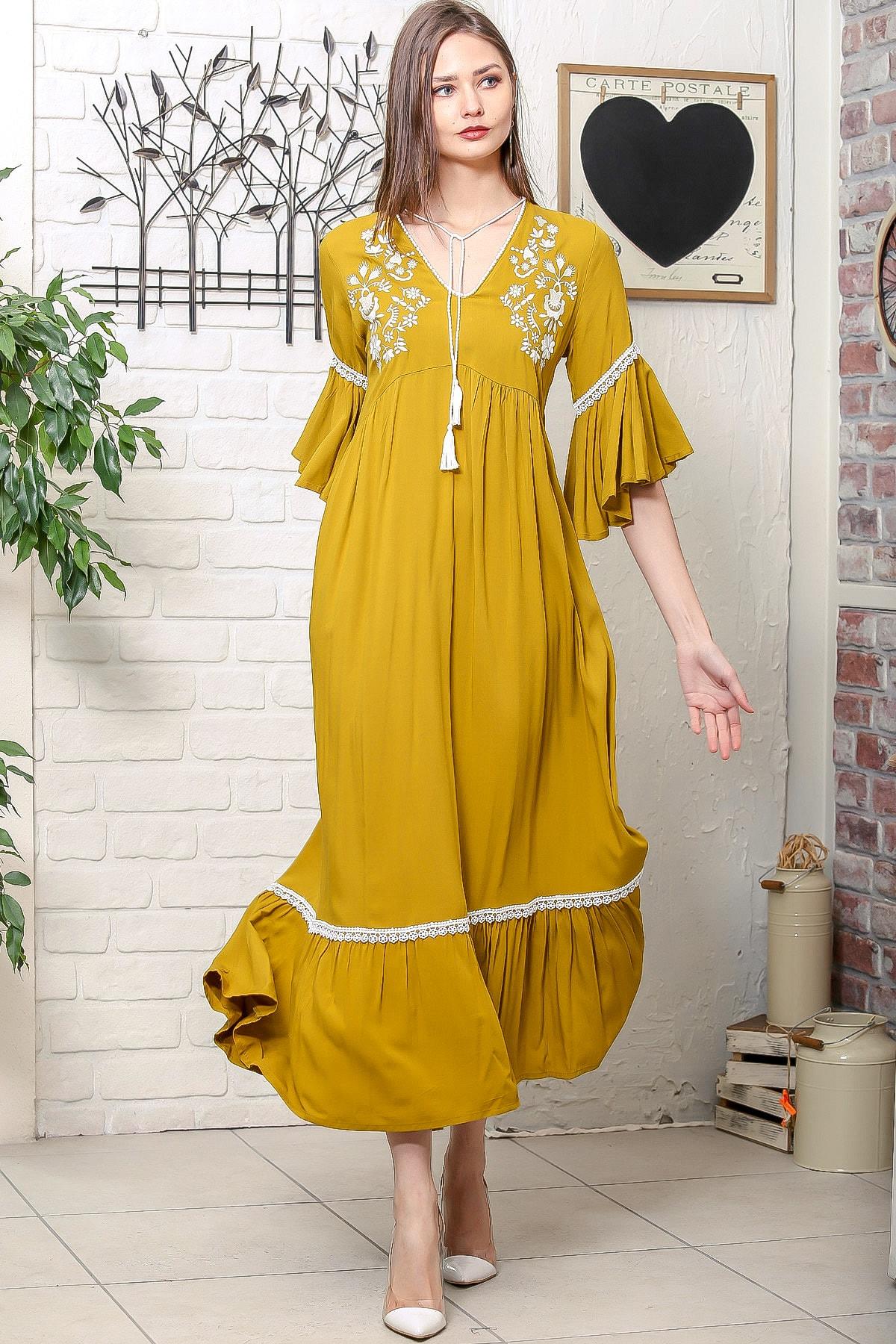 Kadın Hardal Çiçek Nakışlı V Yaka Kol Ve Etek Ucu Dantelli Dokuma Salaş Elbise M10160000EL95902