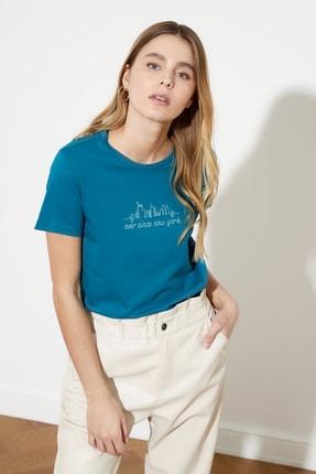 TRENDYOLMİLLA Petrol Basic Nakışlı Örme T-Shirt TWOSS21TS0377 0