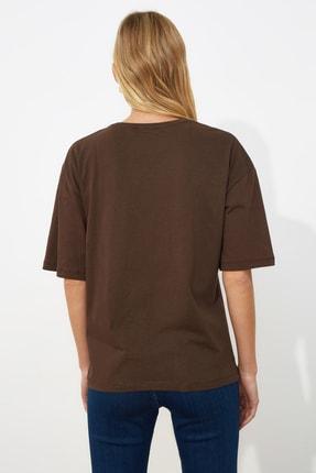 TRENDYOLMİLLA Kahverengi Baskılı Loose Kalıp Örme T-shirt TWOSS19GH0034 4
