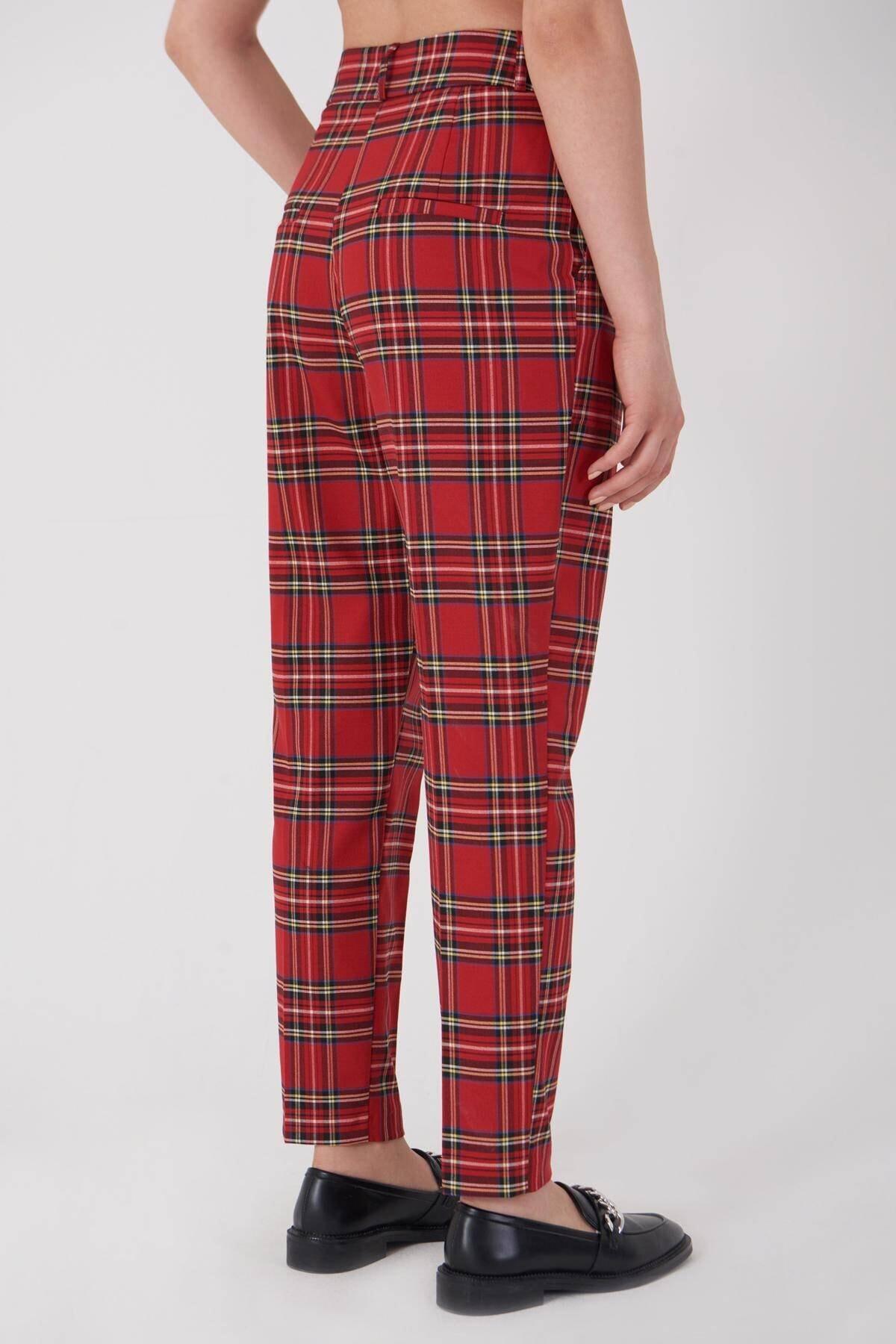 Addax Kadın Kırmızı Ekoseli Pantolon PN21-0222 - X6 ADX-0000023709 3