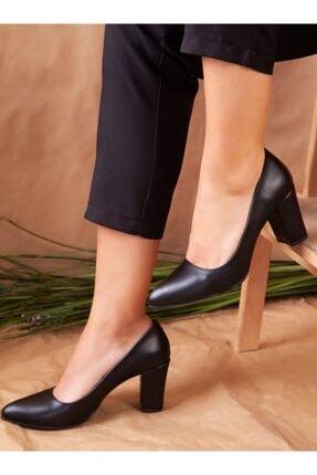 ayakkabıhavuzu Kadın Siyah Topuklu Ayakkabı 2