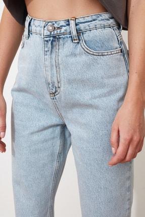 TRENDYOLMİLLA Buz Mavi Asit Yıkamalı Yüksek Bel Mom Jeans TWOSS20JE0164 2