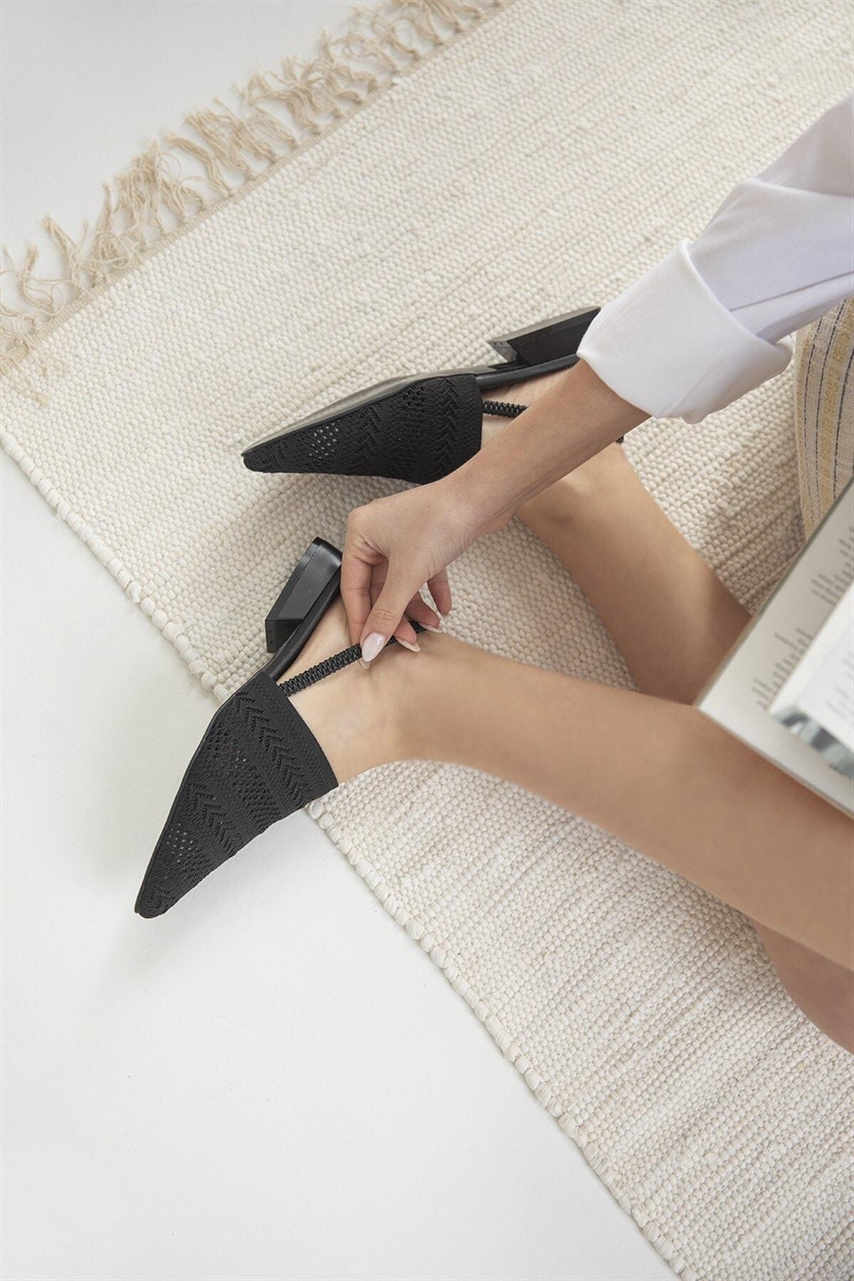 Retta Kadın Triko Detay Topuklu Sandalet Siyah
