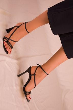 Soho Exclusive Siyah Kadın Klasik Topuklu Ayakkabı 15859 1