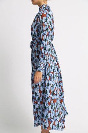 Esra İnceefe Kadın Piliseli Uzun Kollu Dik Yakalı Kuşaklı Uzun Çiçekli Elbise 2