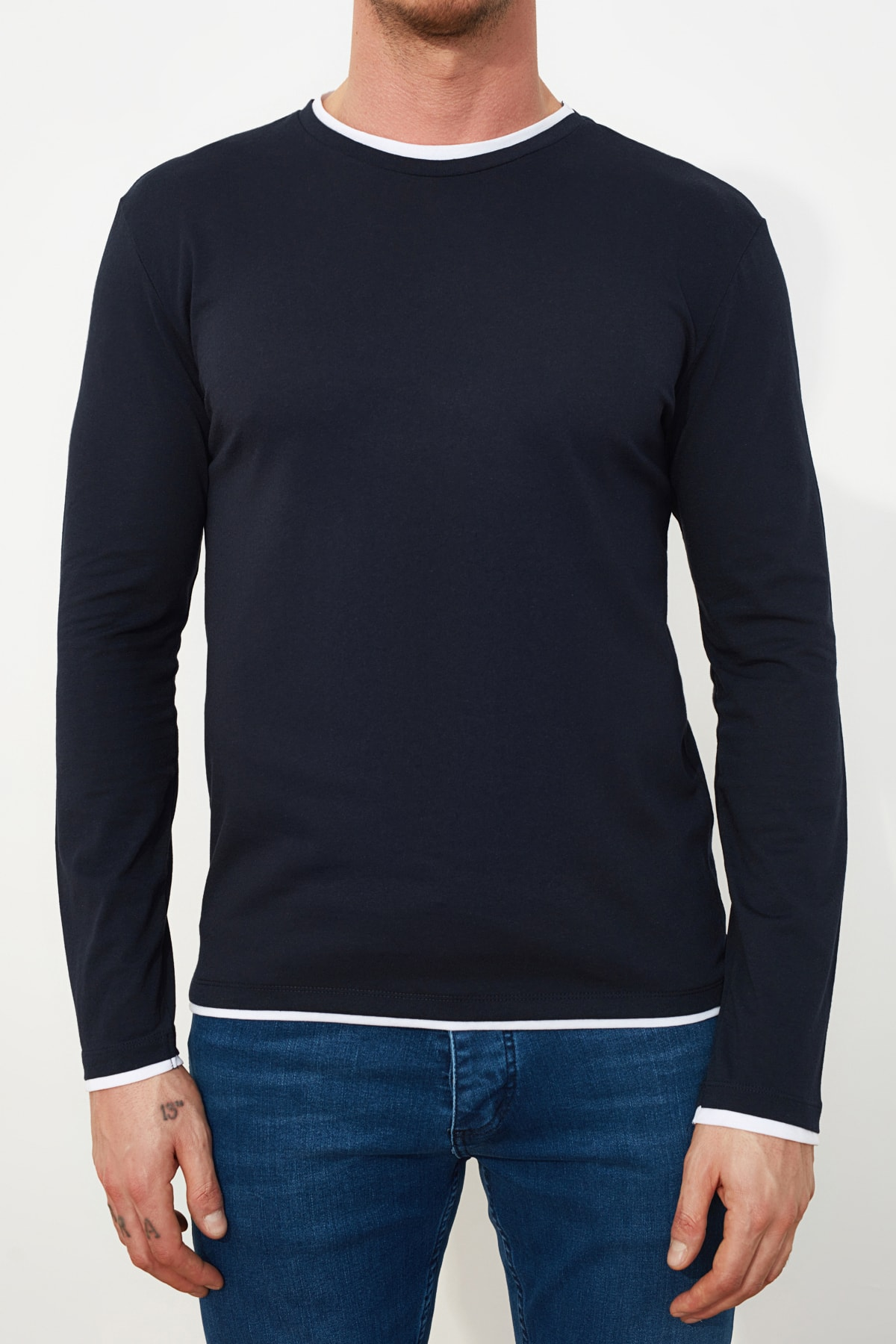 TRENDYOL MAN Lacivert Erkek Slim Fit T-Shirt TMNSS21TS0814