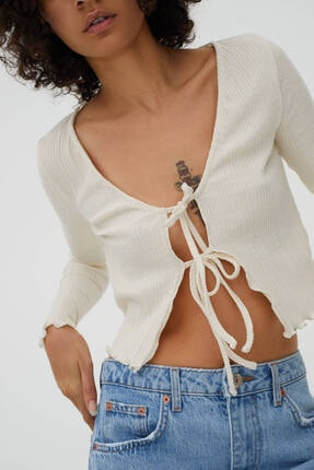 Pull & Bear Kadın Bağcıklı Fitilli T-shirt 1