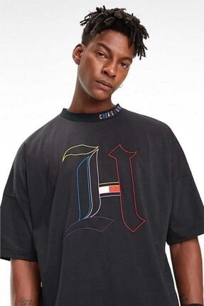 Tommy Hilfiger Erkek Siyah Lewis Hamilton Owersize Geniş Kesim Tshirt 1