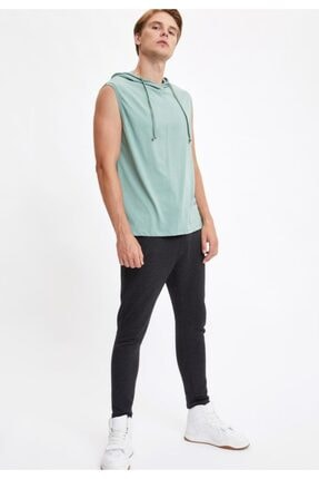 Defacto Kapüşonlu Slim Fit Kolsuz Pamuklu Tişört 1
