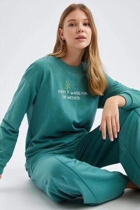 Defacto Modest Yazı Baskılı Relax Fit Sweatshirt 0