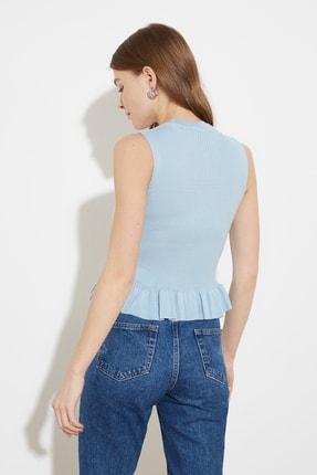 TRENDYOLMİLLA Açık Mavi Fırfırlı Triko Bluz TWOSS20BZ0638 2