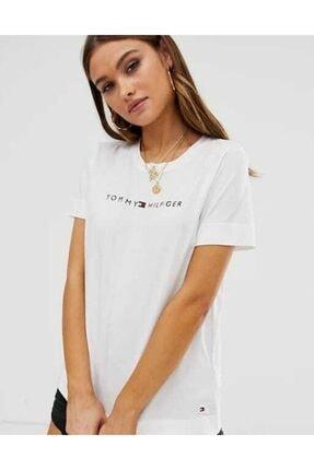 Tommy Hilfiger Ess-chest Print Logo Kadın Tshirt 2