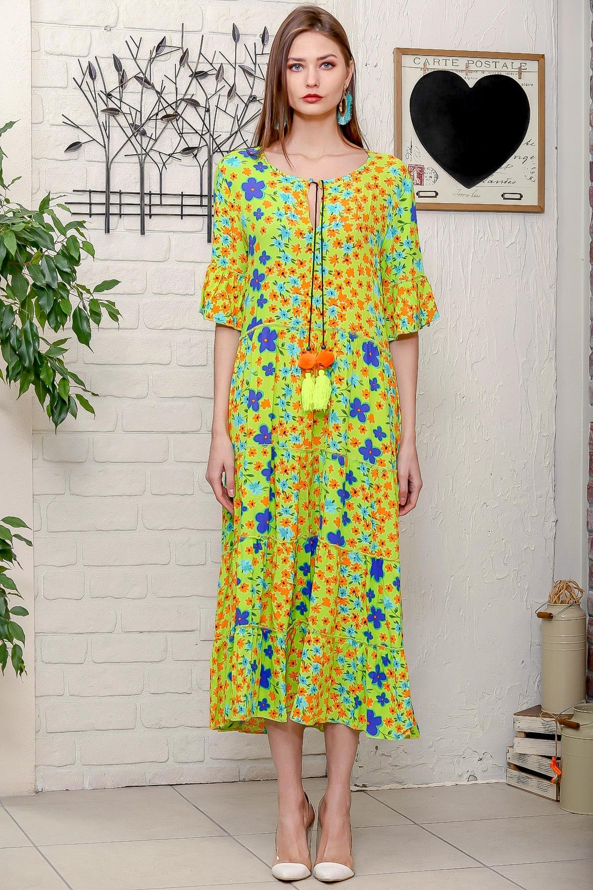 Chiccy Kadın Fıstık Yeşili Mor Menekşe Desenli Püskül Bağcıklı Kat Kat Salaş Uzun Elbise 3