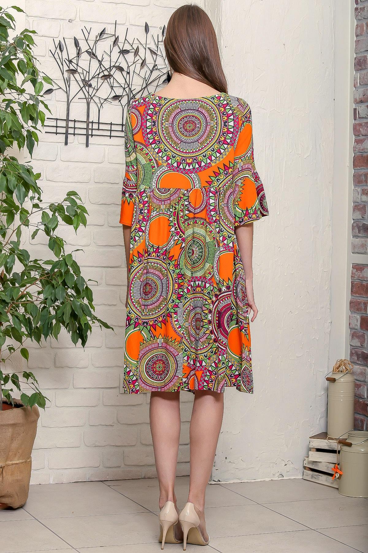 Chiccy Kadın Turuncu Geometrik Desen Kolları Volanlı Robadan Büzgülü Püsküllü Bağcıklı Salaş Dokuma Elbise 4